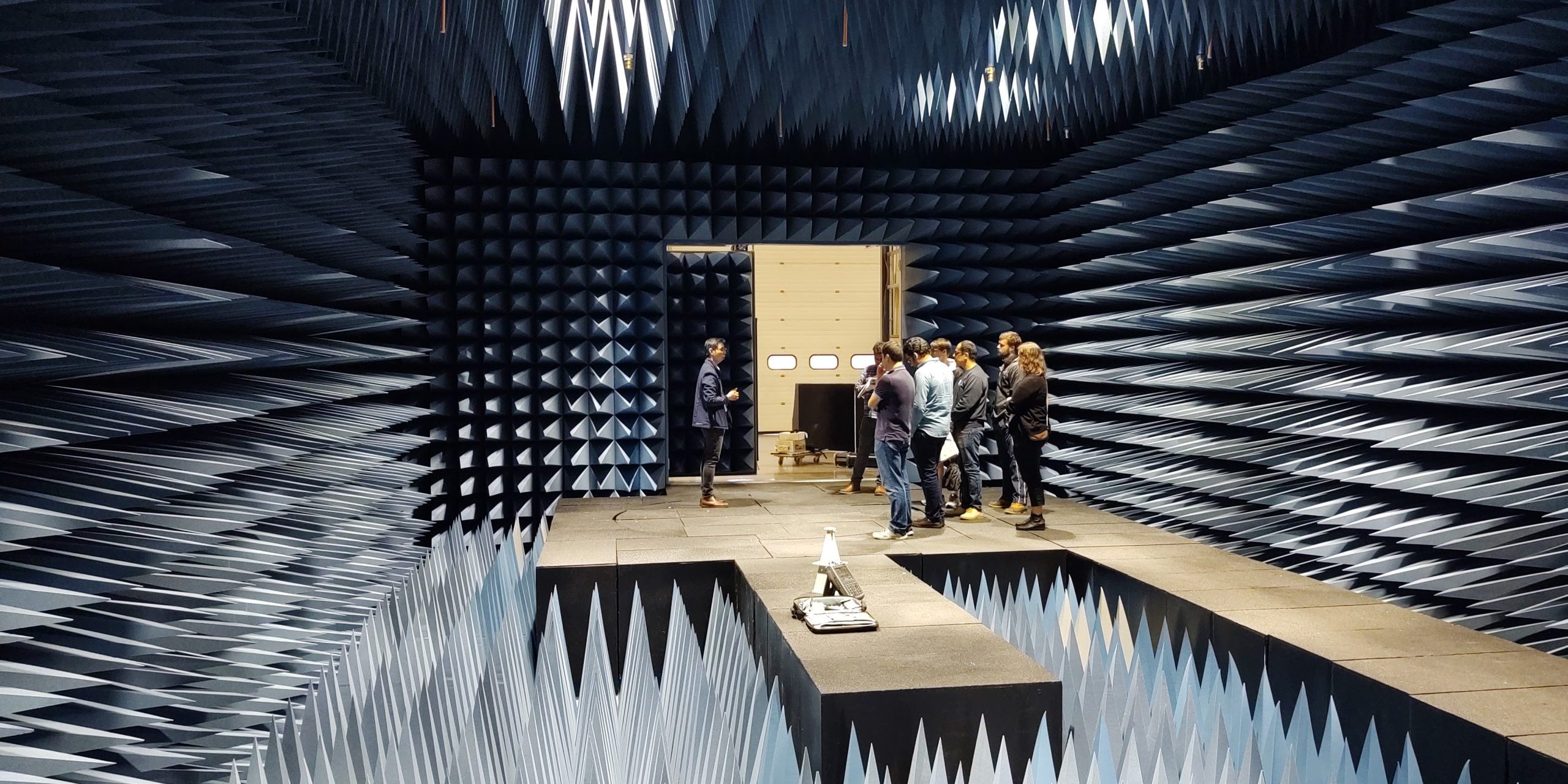 Demonstration of the Radio Frequency Anechoic Chamber